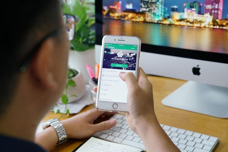 Gửi tiết kiệm online là mở sổ tiết kiệm ngay trên ứng dụng của ngân hàng
