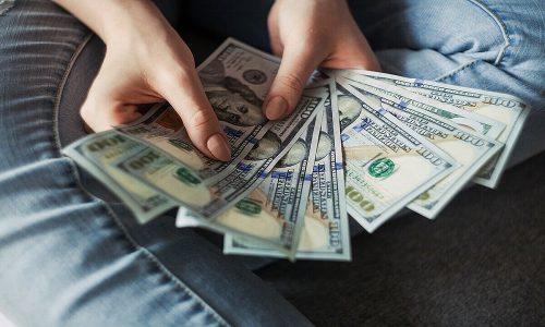 Tiền là gì? Bạn hiểu gì về tiền?